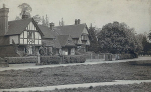 The Forge to Forge Cottage showing footpath across the Green. Photograph from the album of the Rev. Octavius Walton (Vicar of Leigh 1906-18)