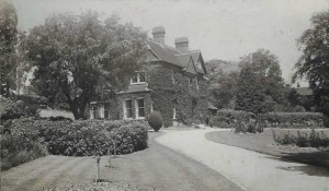 The Old Vicarage. Photograph from the album of the Rev. Octavius Walton (Vicar of Leigh 1906-18)