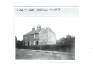 Pear Tree Cottages, 1953, the High Street towards Penshurst. Later replaced by Saxby Wood.