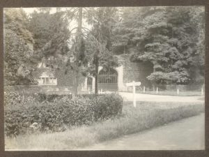 West Lodge. Photograph from the album of Rev. Octavius Walton Vicar of Leigh 1906-18)