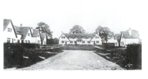 Garden Cottages in 1909 when they were new. The right hand cottages had not been completed.
